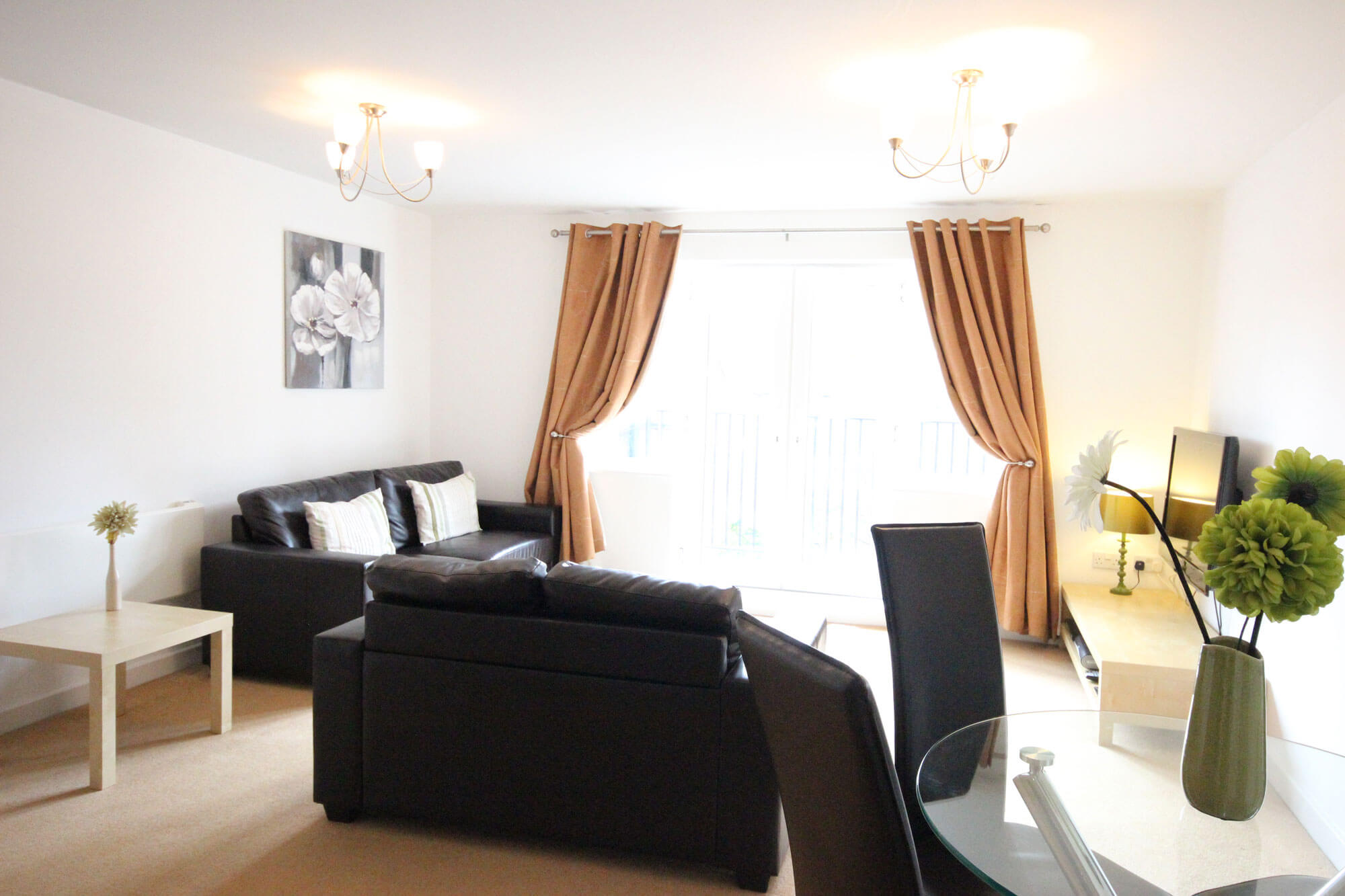 Serviced Apartments In Luton Two Bedroom And Furnished
