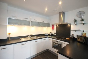 Kitchen fully equipped in all serviced apartments in Northampton