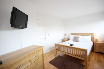 Theatre-District-1-Bedroom-Apt-Main