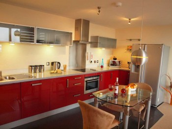 Vizion-1-Bed-Penthouse-Kitchen-red(2)