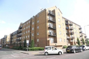 Academy Serviced Apartments Luton External View