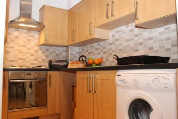 Luton apartment kitchen laundry