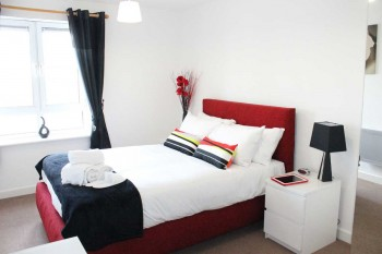Centro-2-Bedroom-Apt-Main