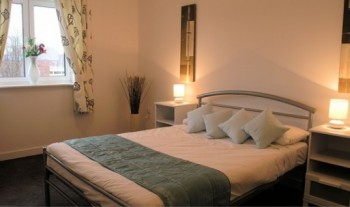 Double bedroom in a Cotels serviced apartment