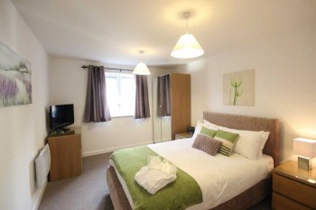 One bedroom serviced apartment in Northampton